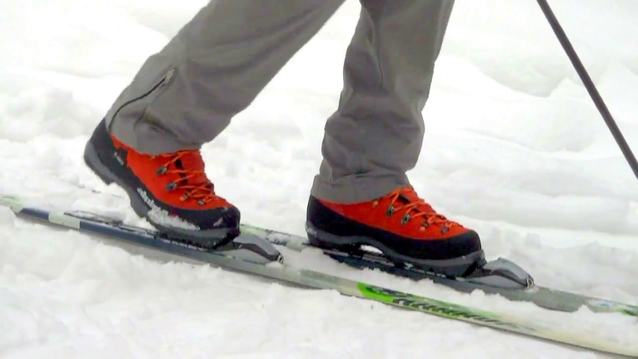 Alpina Alaska NNN BC boot XCD B/C BC Telemark Skiing - YouTube