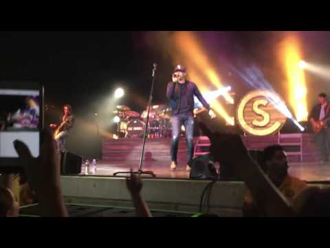 Cole Swindell Flatliner (Live in Pittsburgh 11-10-16)