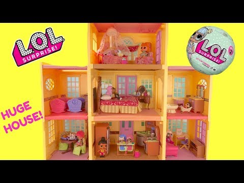 LOL Surprise Doll Mansion Really Big House Full of Surprises | Fizzy Toy Show