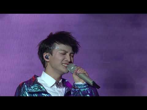深齡其境演唱會: 周深Zhou Shen《心动》+《我要我們在一起》