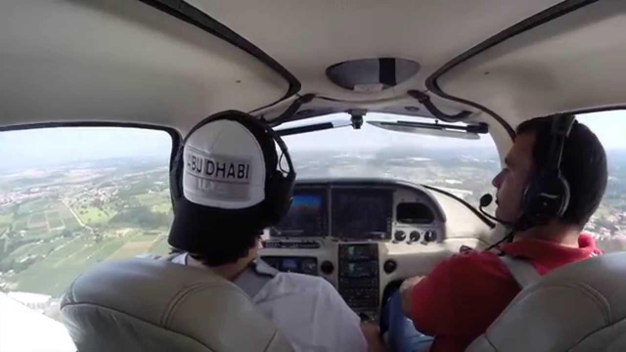 Vôo de Cirrus SR-22  Jundiai para Itanhaém com fonia completa