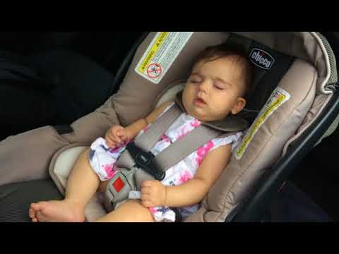 Liana 4 months old baby sleeping in the CAR