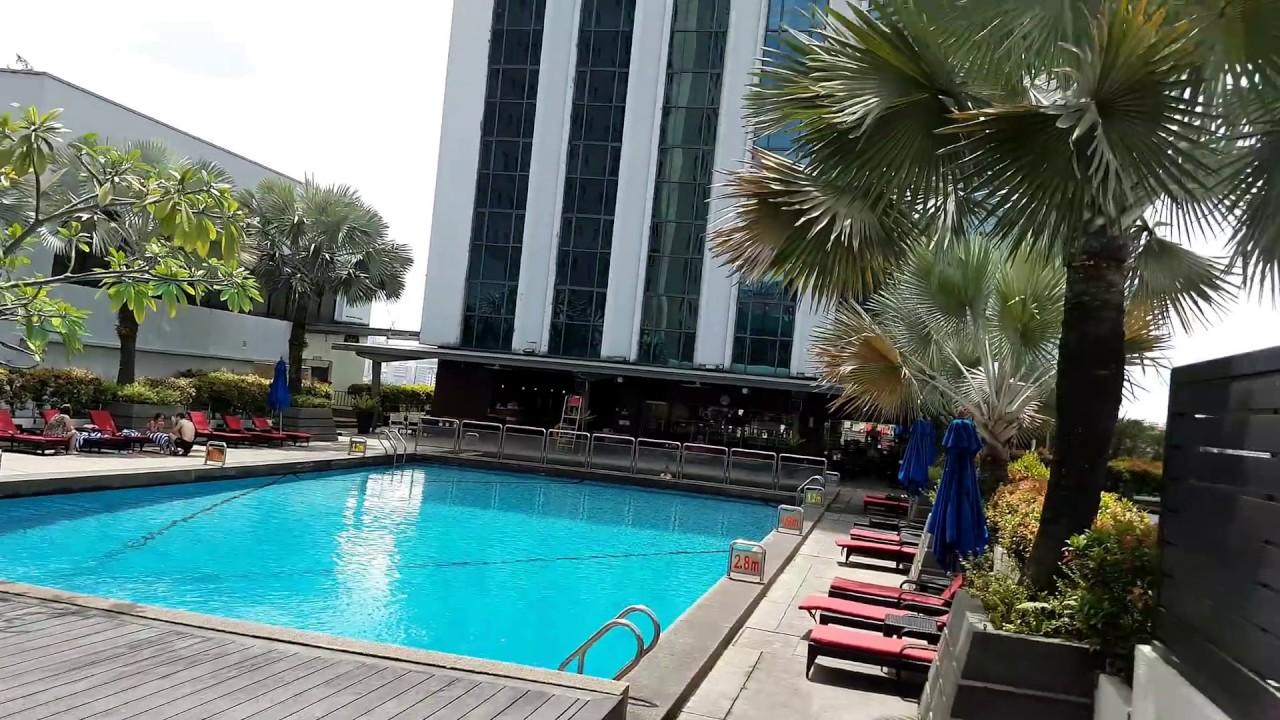 Parkroyal hotel swimming pool and fitness center tour - Homestay in kuala lumpur with swimming pool ...