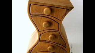 Оригинальные деревянные комоды из дерева.