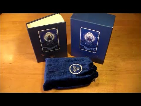 Agni Roerich Tarot (Deck Review)