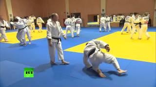Владимир Путин провел тренировку со сборной России по дзюдо