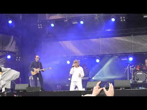 "Minisex performing ""Eismeer"" live on Donauinselfest 2015, Vienna"