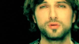 Watch Tarkan Verme video