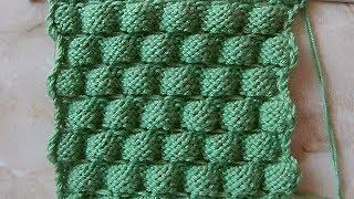 Объемный узор шишечками Вязание спицами Видеоурок 162
