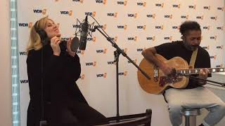 Lara Fabian''We Are the Flyers''acoustic 2017 à WDR4