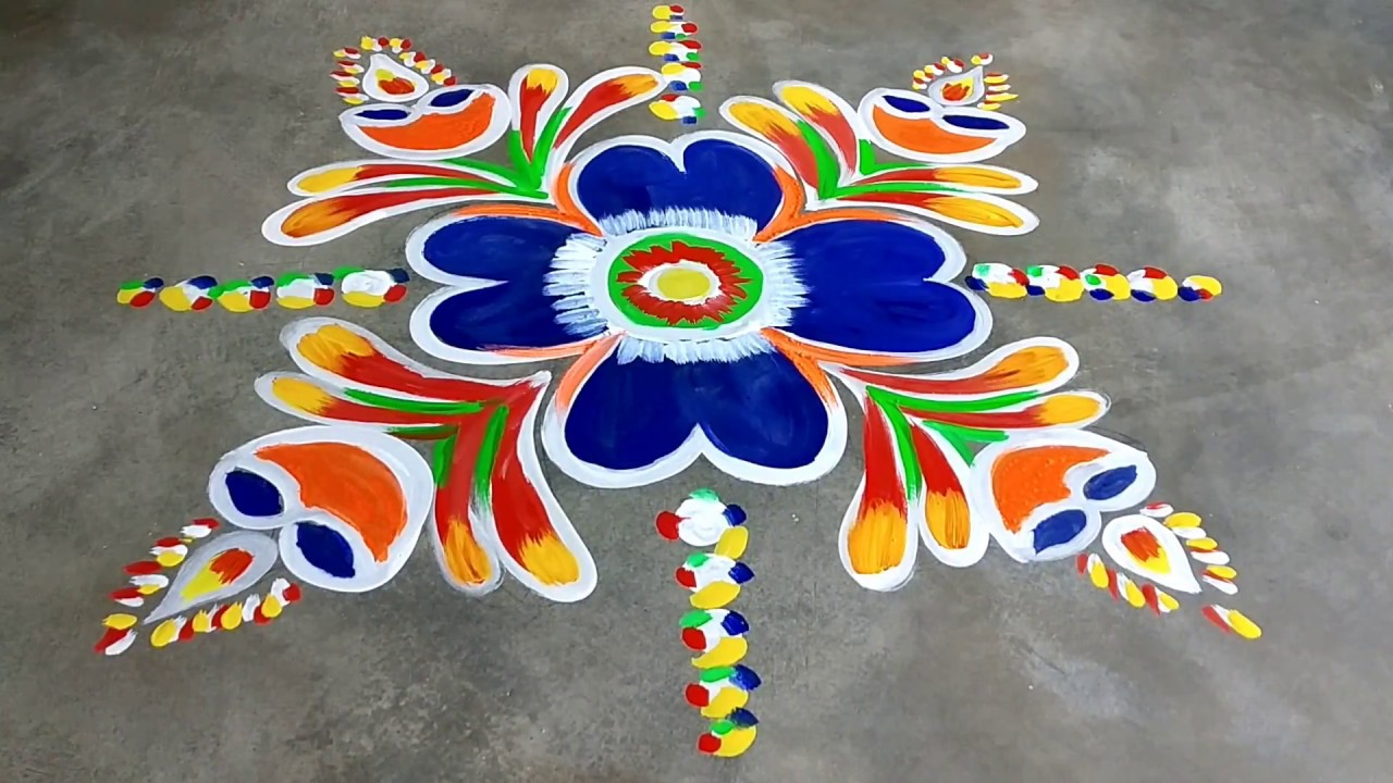 Very easy and attractive rangoli for Diwali  festival 2018 #colourfulrangoli #kolamdesigns #muggulu
