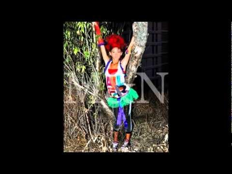 Book M&N y Las Pekes! Whip my hair - Umbrella