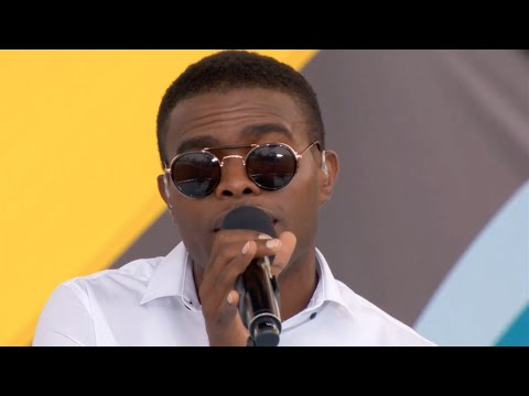 OMI - Cheerleader (Live at YTV Summer Beach Bash II)
