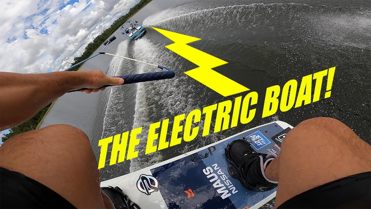 My First Ride Behind An Electric Boat! The Nautique GS22E