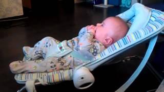 Малыш комментирует сериал на первом