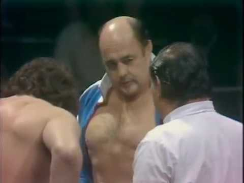 Verne Gagne vs. Billy Robinson - IWE 11/20/1974