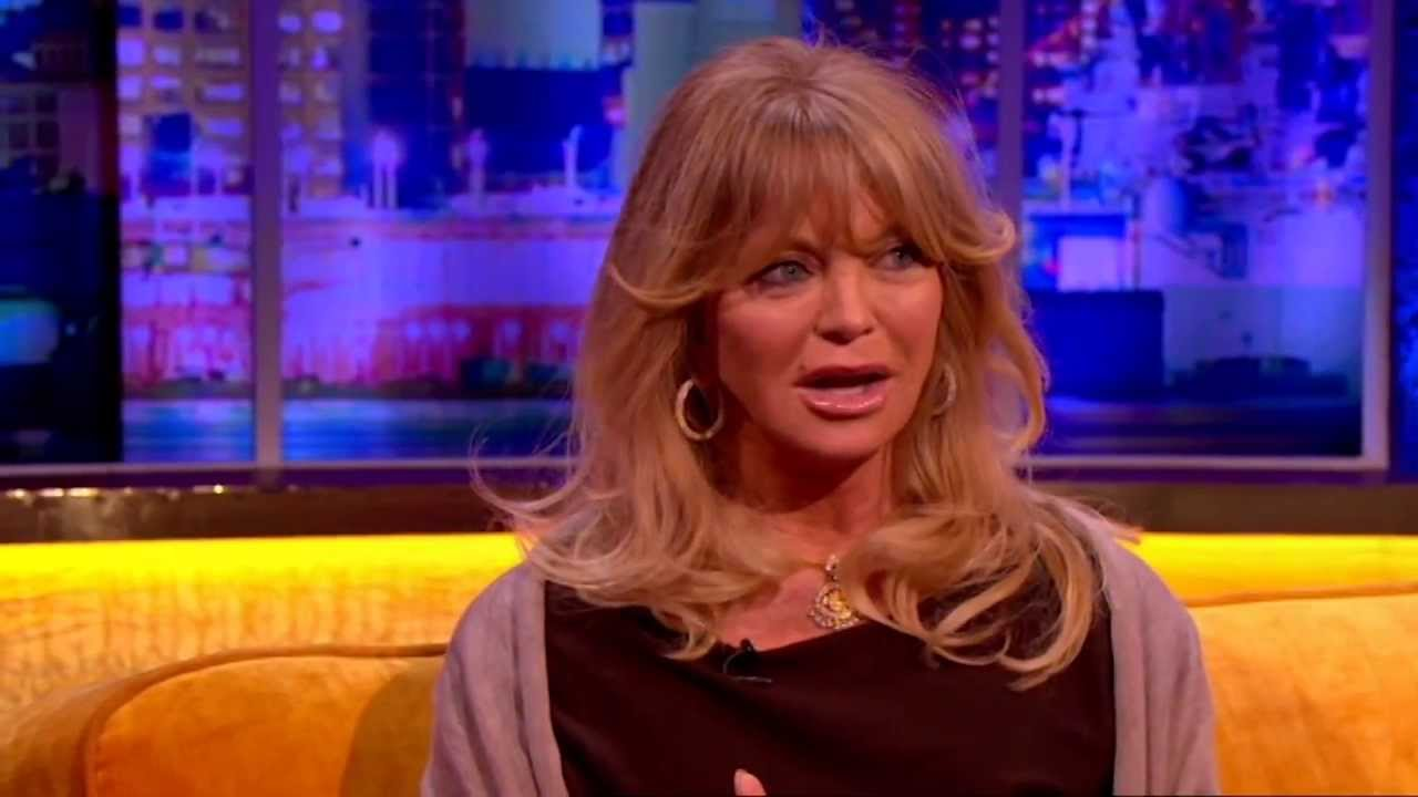 Goldie Hawn Got Way Too Close When Kate Hudson Was Giving Birth