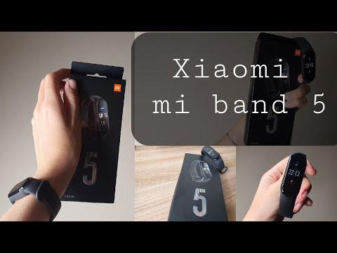Распаковка и краткий обзор Xiaomi Mi Band 5 | Хороший браслет от Xiaomi за 1800