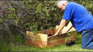 Build A Raised Bed For Free Out Of An Old Pallet