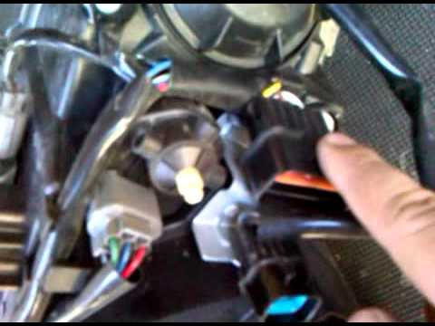 Evo 10 headlight HID Wiring - YouTube
