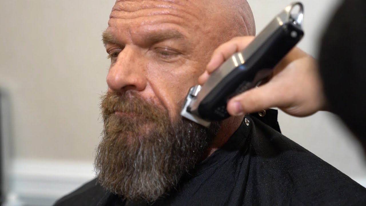 Triple H Gets Ready For Hall Of Fame With A New Patch To His Vest Triple H S Road To Wrestlemania Youtube