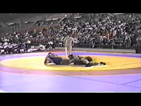 1994 World Cup: 130 kg Bruce Baumgartner (USA) vs. Zekeriya Gueclue (TUR)
