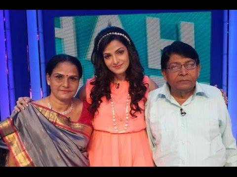 Tonushree Chakraborty Family Album   তনুশ্রীর পরিবার   Actress Tanushree Chakraborty with her Family