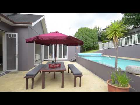 23 Pencarrow Avenue, Mount Eden, Auckland Listed by Oana Simmons, Harcourts TEL +64 22 432 0082