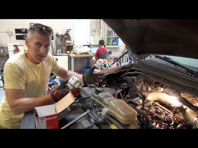 [SCHEMATICS_4LK]  Ford PowerStroke 7.3 fuel filter re and re and fuel priming. Save money and  get better mileage! - YouTube | 03 7 3 Fuel Filter |  | YouTube