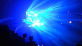 Avicii @ Festhalle Frankfurt / True Tour | Avicii - You Make Me (Throttle Remix)