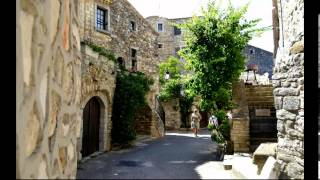 Aigueze   -    Gard     -     Languedoc-Roussillon.