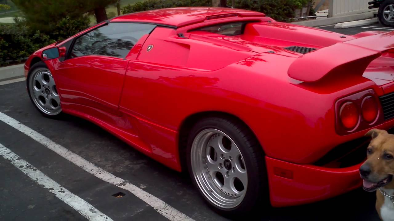 A Ferrari Diablo.