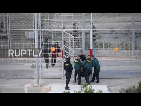 Spain: Border guards expel migrants after failed attempt to scale fence into Ceuta