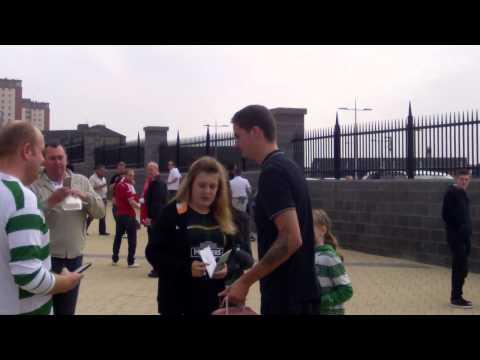 Mikael Lustig arrives at Celtic Park for Celtic vs Aberdeen