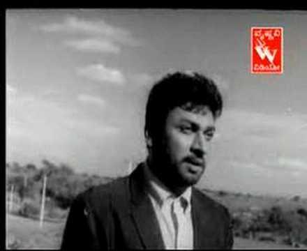 Aadisi Nodu Beelisi Nodu Lyrics - Kasturi Nivasa - Kannada Songs Lyrics