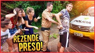 POLICIAL ME PRENDEU NA FRENTE DE TODOS!!  - TROLLANDO TODOS [ REZENDE EVIL ] thumbnail