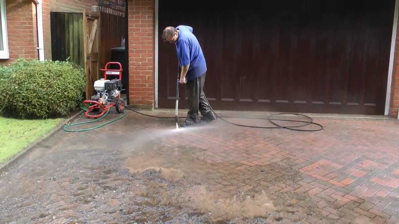 High pressure washing driveway cleaning by m k cleaning for Driveway pressure washer