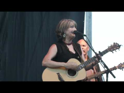 Kathy Mattea - 18 Wheels and a Dozen Roses
