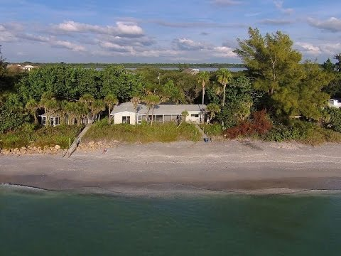 open-and-bright-waterfront-home-in-englewood,-florida