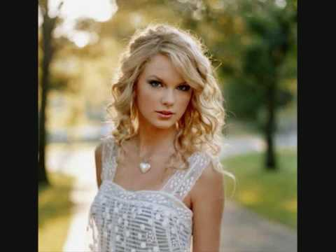 Love Story-Taylor Swift (with lyrics)