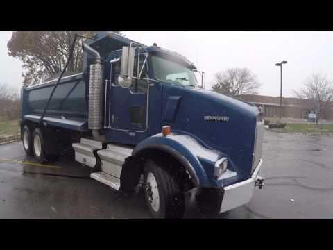 2005 Kenworth T800 Dump Truck for sale! LOW MILES!!  Pre Emission!