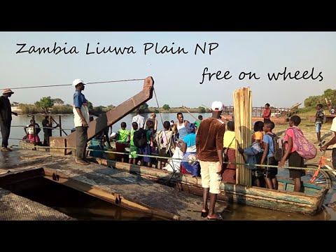 Africa Tour - Zambia Liuwa Plain NP / UNIMOG