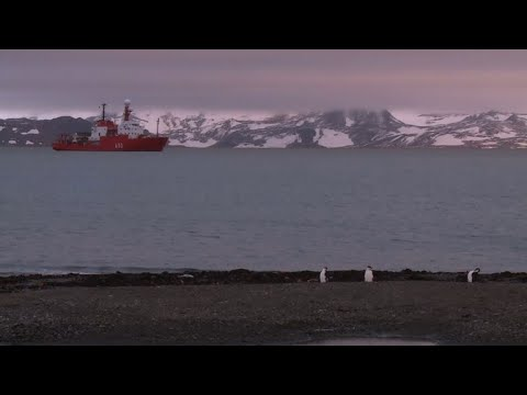 Chilean scientists take on climate change in Antarctica