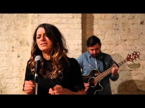 Powerless- Hannah Symons- Acoustic Sessions at Brixton East