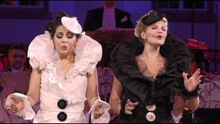 Andre Rieu - Roses From The South (Carmen &Mirusia) - Send in the Clowns.avi