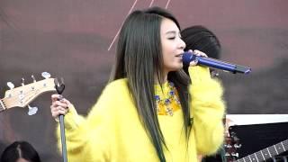 2013.12.21 田馥甄 渺小簽唱會@華山(無常.矛盾.你就不要想起我)