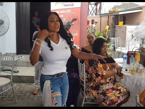 Iyabo Ojo&Fathia Balogun shows off their shaku shaku dance steps at her multi millionaira Lounge