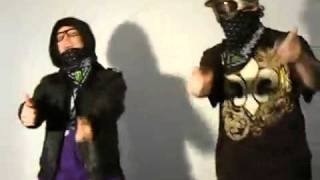 Смотреть клип Bombs Away - Big Booty Bitches