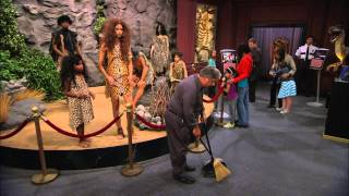 Jessie - Puiul de girafa. Doar la Disney Channel!