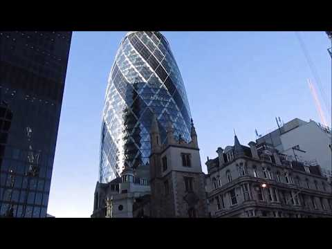 The City of London: skyscrapers and busy streets